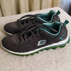 Skechers Gray and Teal Sneakers Sz 7
